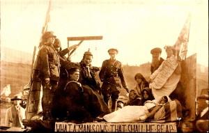 Pic11-Rawtenstall-Parade-float-to-Zepellin-raid-1916---Copy