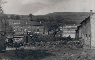 Pic2-Bank-Row-Goodshawfold--1957
